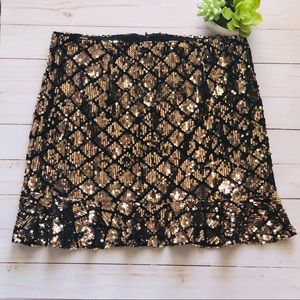 Forever 21 Gold and Black Sequin Skirt Size M
